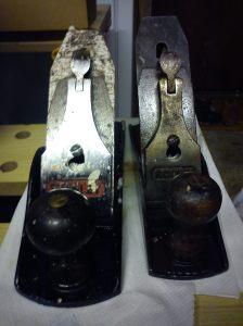 Stanley Bailey No. 4 1/2 (L) and Acorn (R) after a quick wipe