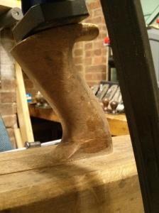Glueing broken tote