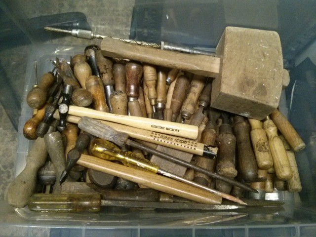 Screwdrivers, files, mallets & hammers